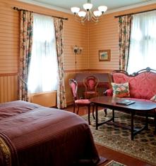 Accommodations:      Dalen Hotel  in Dalen