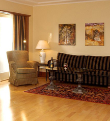 Accommodations:      Hotell Refsnes Gods  in Moss