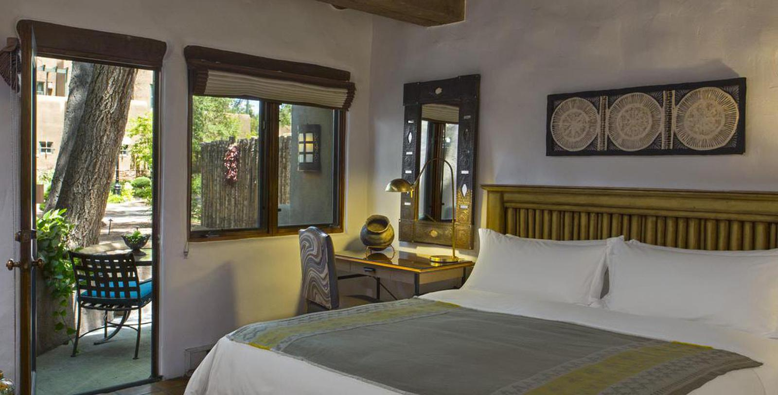 Image of guestroom at La Posada de Santa Fe, 1882, A Tribute Portfolio Resort & Spa, Member of Historic Hotels of America, in Santa Fe, New Mexico, Location Map