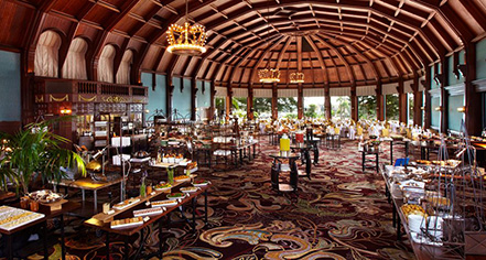 Dining at      Hotel del Coronado  in Coronado