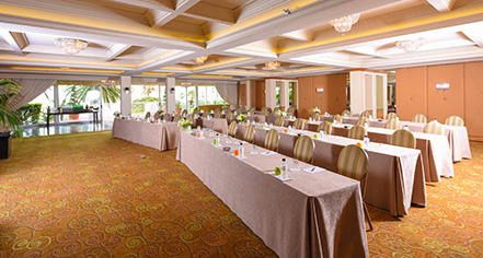 Meetings at      La Valencia Hotel  in La Jolla/San Diego