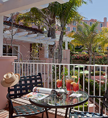 Accommodations:      La Valencia Hotel  in La Jolla/San Diego