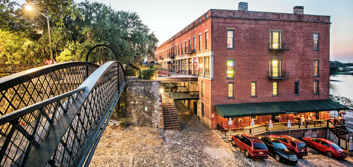 Dining:      River Street Inn  in Savannah