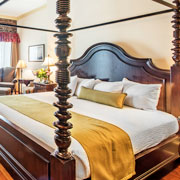 Book a stay with River Street Inn in Savannah