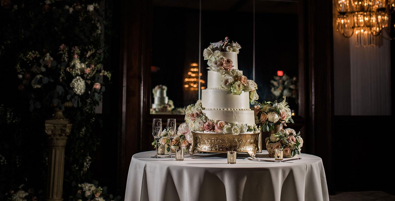 Image of Wedding Cake, The DeSoto, 1890, Member of Historic Hotels of America, in Savannah, Georgia, Weddings