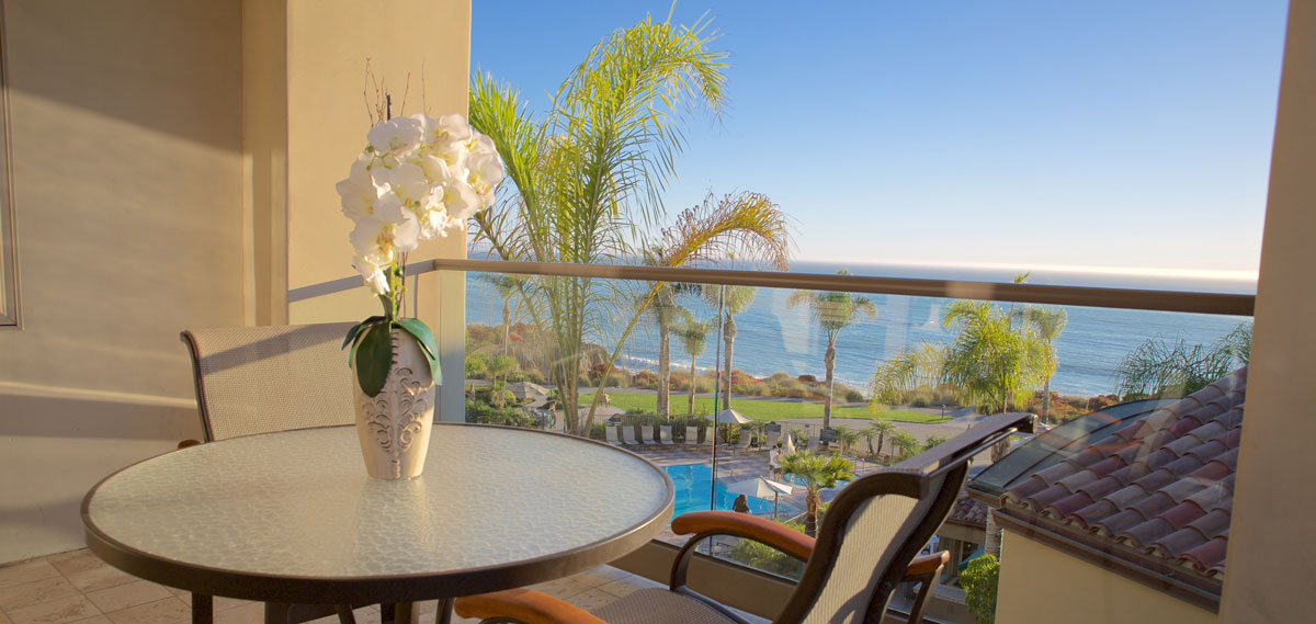 Accommodations:      Dolphin Bay Resort & Spa  in Pismo Beach
