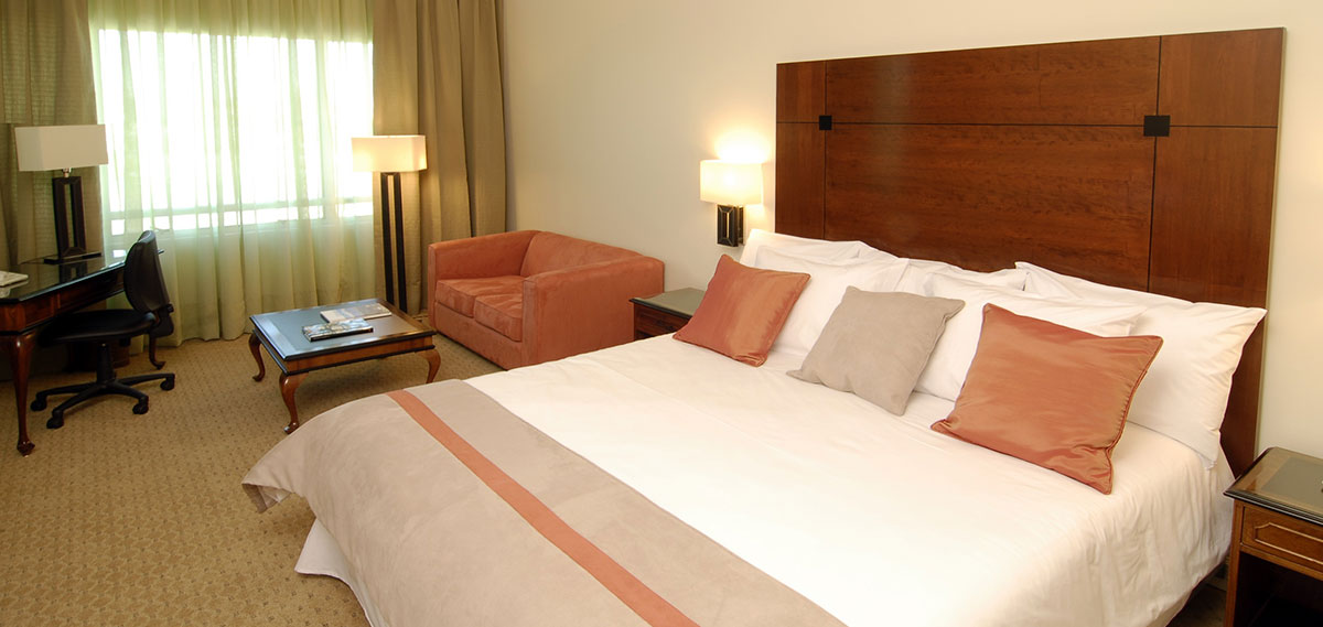Accommodations:      NH Collection Plaza Santiago  in Santiago