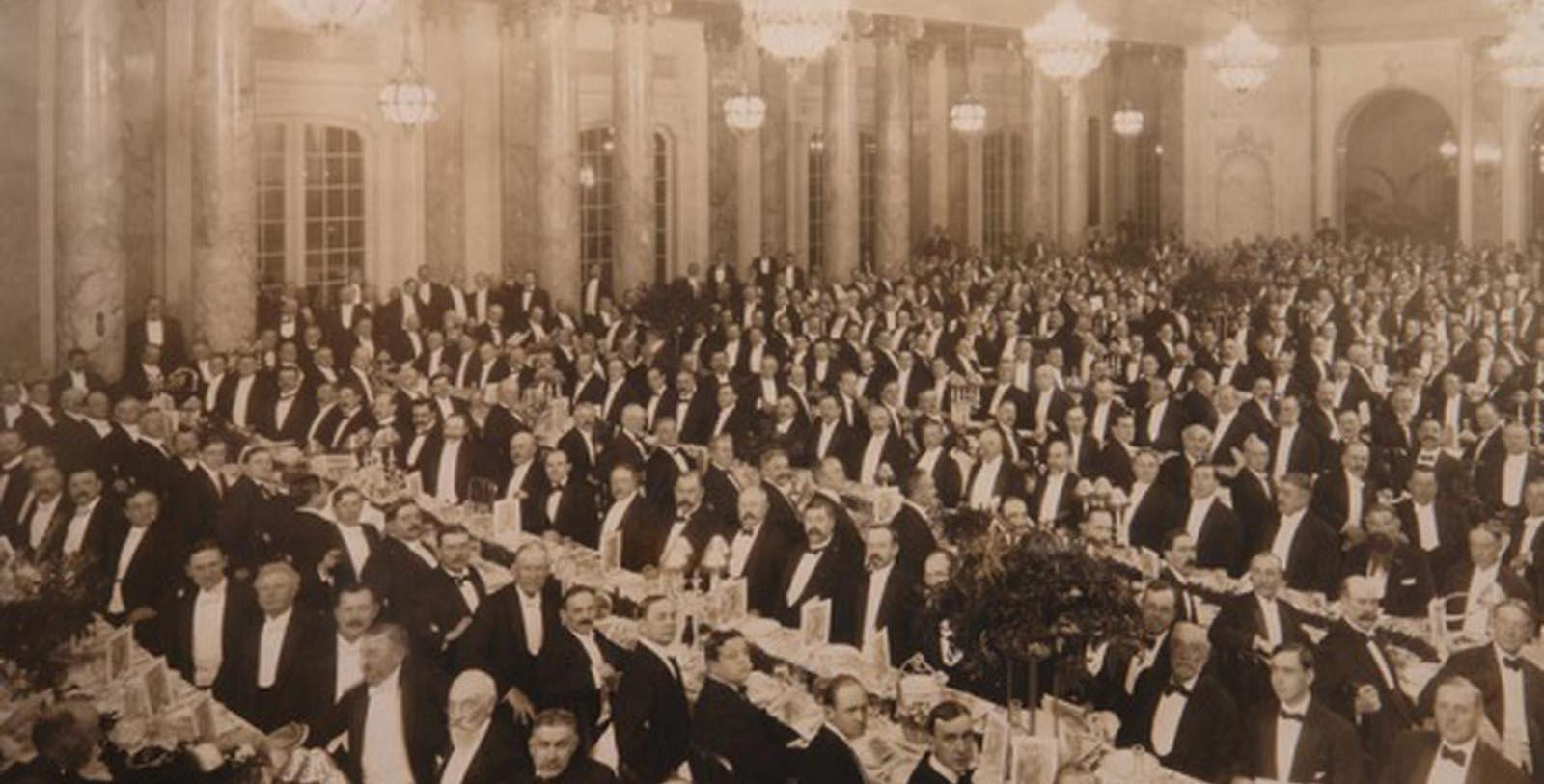 Image of Historic DIners in Grand Court Restaurant, Palace Hotel, San Francisco, California, 1875, Member of Historic Hotels of America, Discover