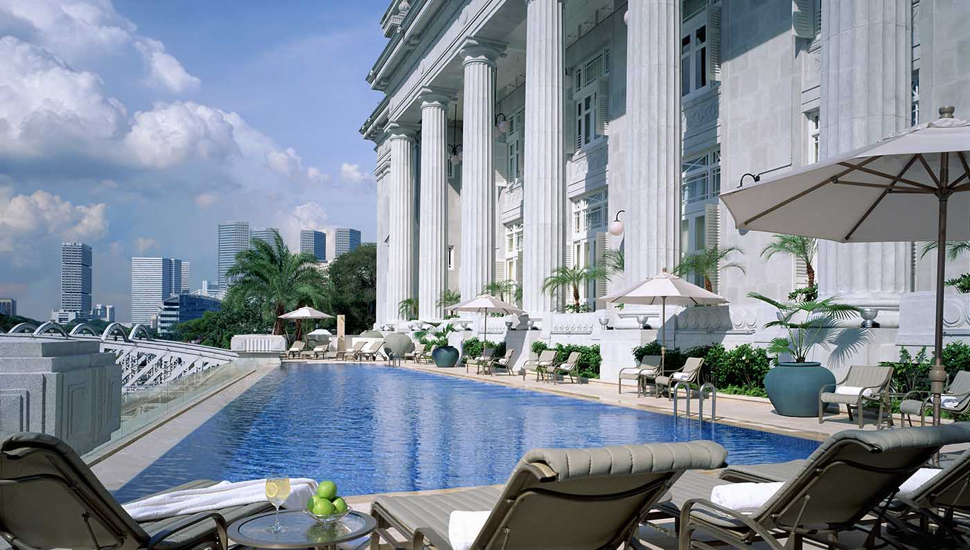 Fullerton Hotel Singapore Pool