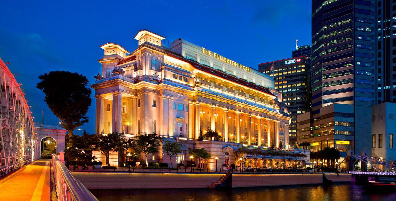 Image of Hotel Exterior The Fullerton Hotel Singapore, 1924, Member of Historic Hotels Worldwide, in Singapore, Special Offers, Discounted Rates, Families, Romantic Escape, Honeymoons, Anniversaries, Reunions