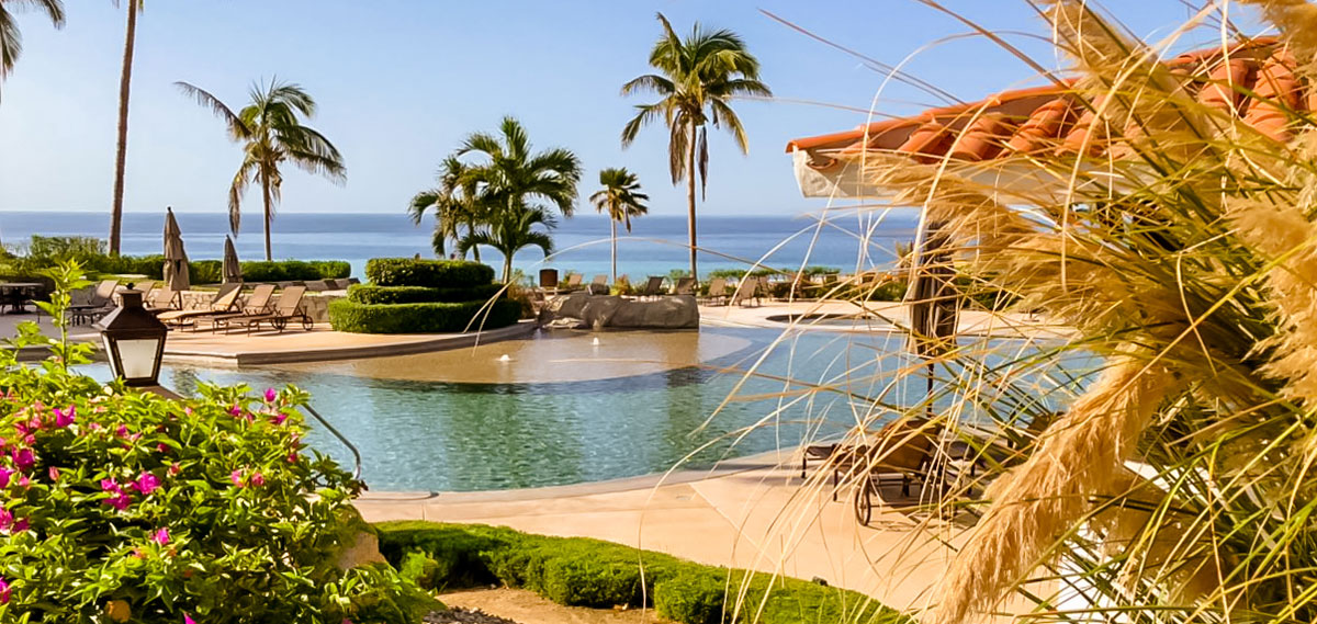 Special Offers:      Casa Del Mar Golf Resort & Spa  in San Jose del Cabo