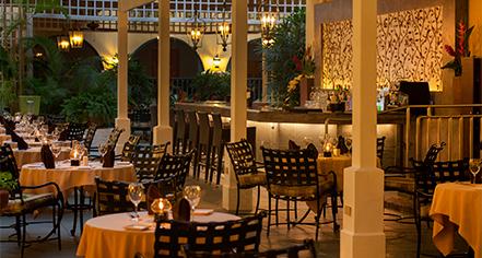 Dining at      El Convento Hotel  in San Juan