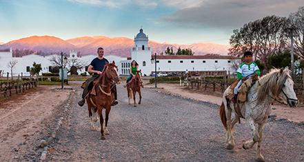 Local Attractions:      Patios de Cafayate  in Cafayate