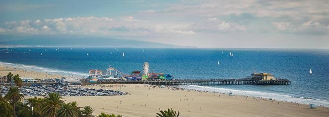 Local Attractions:      Fairmont Miramar Hotel & Bungalows  in Santa Monica