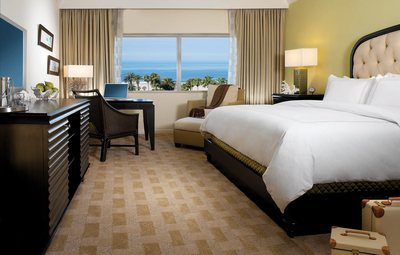Accommodations:      Huntley Santa Monica Beach  in Santa Monica