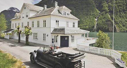 History:      Fjaerland Fjordstove Hotel & Restaurant  in Fjærland