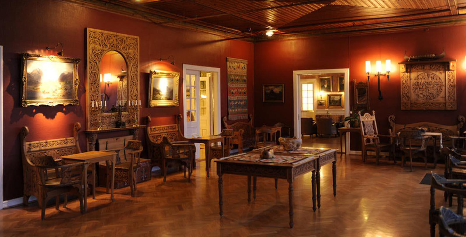 Image of Lounge Area Kviknes Hotel, 1752, Member of Historic Hotels Worldwide, in Balestrand, Norway, Experience