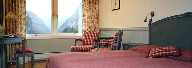 Accommodations:      Stalheim Hotel  in Stalheim