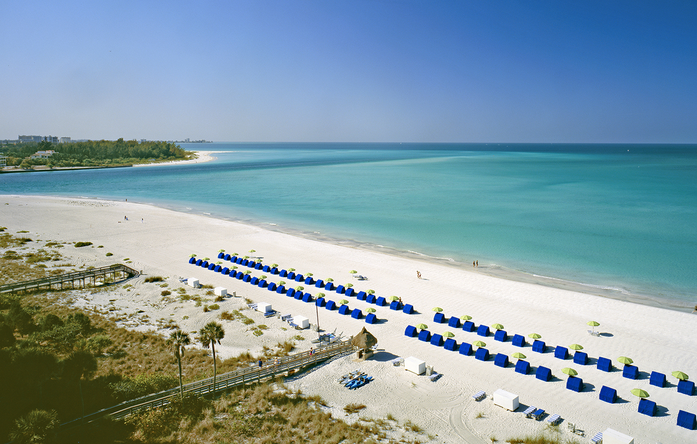 Special Offers:      The Resort at Longboat Key Club  in Longboat Key