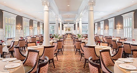Dining at      Jekyll Island Club Resort  in Jekyll Island