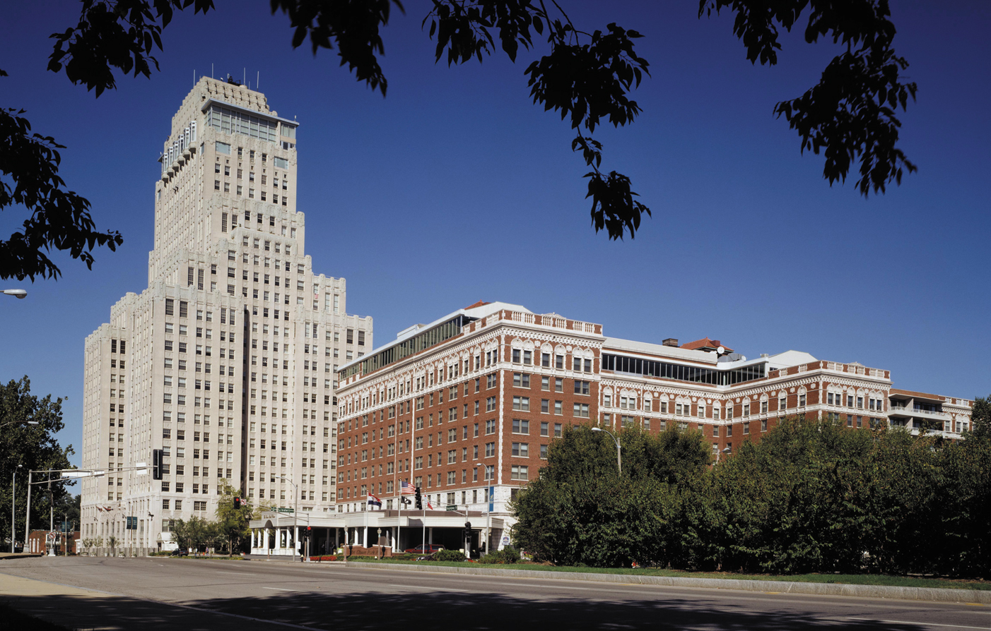 Customer Reviews:      Chase Park Plaza  in St. Louis