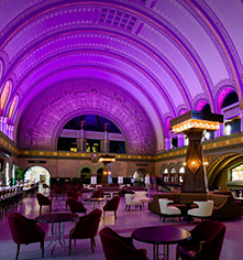 Dining at      St. Louis Union Station Hotel, Curio Collection by Hilton  in St. Louis