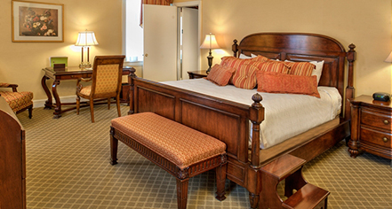Remarkable Executive Rooms At St Louis Union Station Hotel St Louis Home Interior And Landscaping Ferensignezvosmurscom