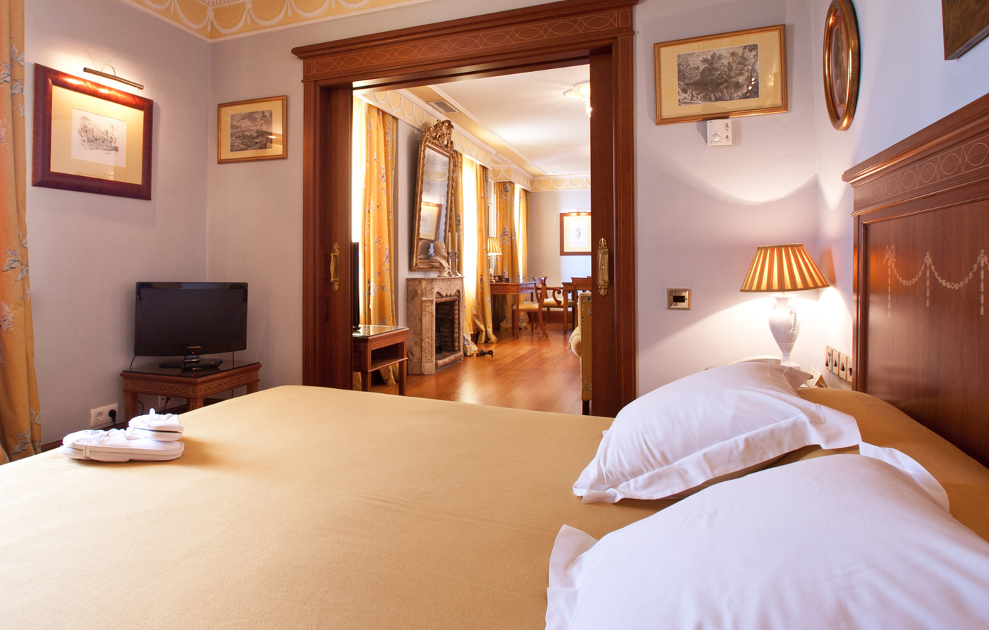 Customer Reviews:      Hotel Inglaterra  in Seville