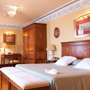 Book a stay with Hotel Inglaterra in Seville