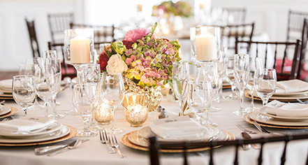 Weddings:      Beekman Arms and Delamater Inn  in Rhinebeck