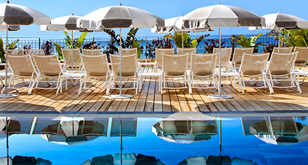 Activities:      Grand Hotel des Sablettes Plage, Curio Collection by Hilton  in La Seyne-sur-Mer
