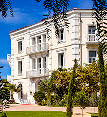 Grand Hotel des Sablettes Plage, Curio Collection by Hilton  in La Seyne-sur-Mer