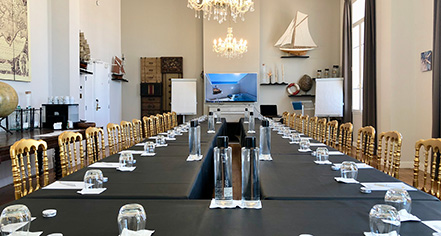 Meetings at      Grand Hotel des Sablettes Plage, Curio Collection by Hilton  in La Seyne-sur-Mer