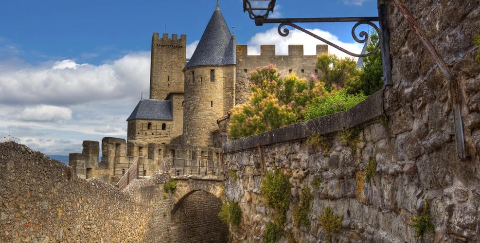 Image of Hotel Exterior Hôtel de la Cité Carcassonne - MGallery by Sofitel, 1909, Member of Historic Hotels Worldwide, in Carcassonne, France, Special Offers, Discounted Rates, Families, Romantic Escape, Honeymoons, Anniversaries, Reunions