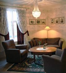 Accommodations:      Selbusjoen Hotel & Gjestegard  in Selbu