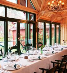 Dining at      Engø Gård  in Tjome