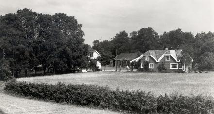 History:      Engø Gård  in Tjome