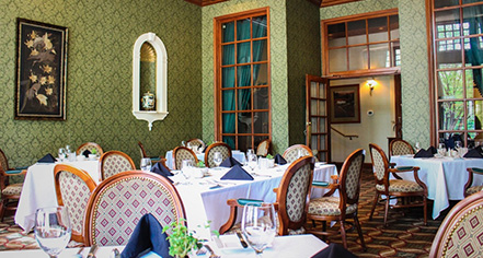 Dining at      General Morgan Inn & Conference Center  in Greeneville