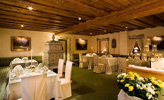 Hotel Sassongher  - Dining