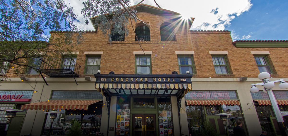 Customer Reviews:      The Hotel Congress  in Tucson