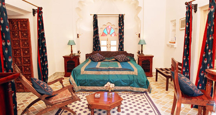 Accommodations:      Deogarh Mahal  in Deogarh Madaria