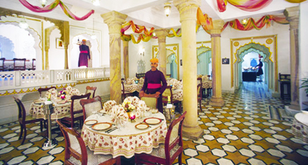 Dining at      Deogarh Mahal  in Deogarh Madaria