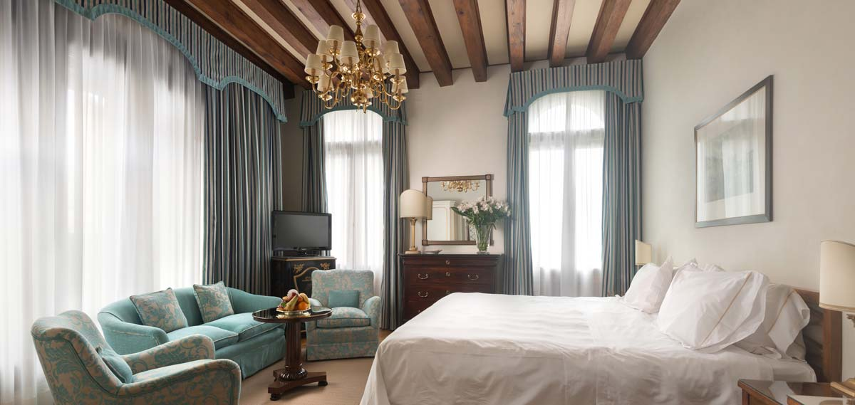 Accommodations:      Hotel Villa Cipriani  in Asolo