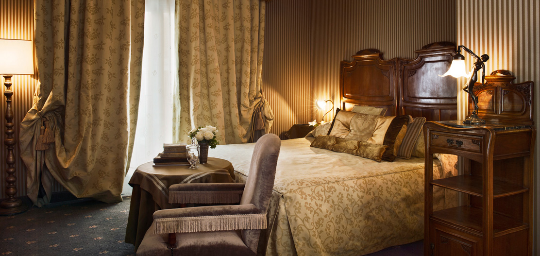 Accommodations:      Metropole Hotel  in Venice