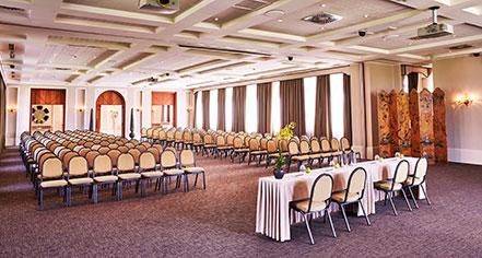 Meetings at      San Clemente Palace Kempinski  in Venice