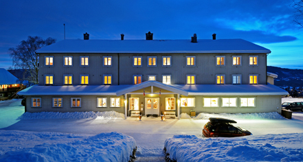 Nermo Hotell & Apartments  in Oyer