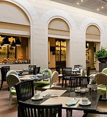 Dining at      Palais Hansen Kempinski Vienna  in Vienna