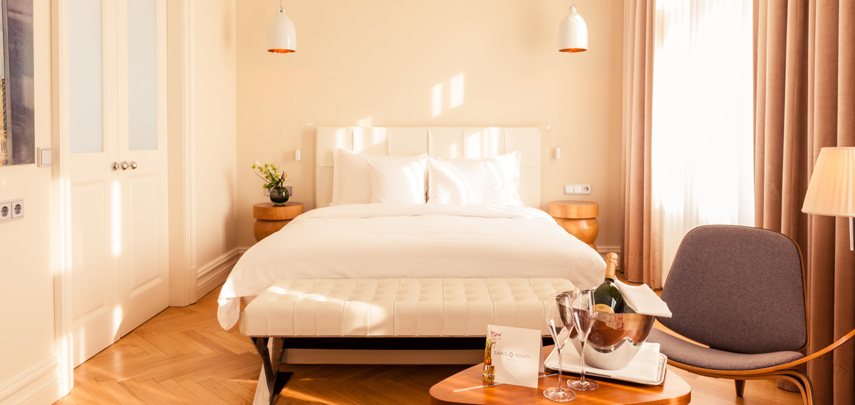 Special Offers:      Hotel Sans Souci  in Vienna