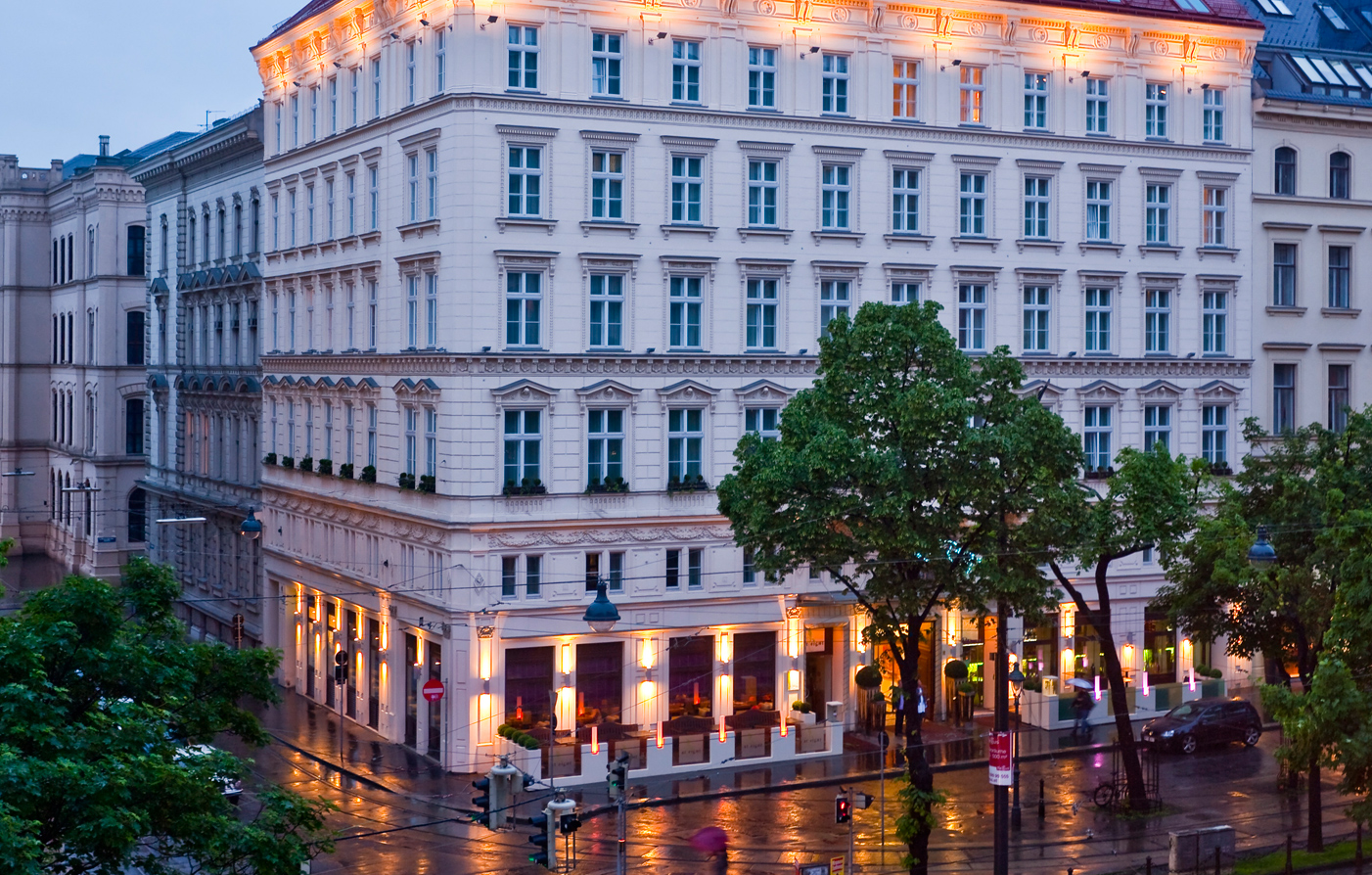 Vienna area attractions the ring vienna 39 s casual luxury for The ring hotel vienna