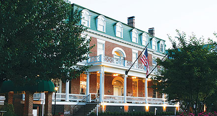 Dining at      The Martha Washington Hotel & Spa  in Abingdon